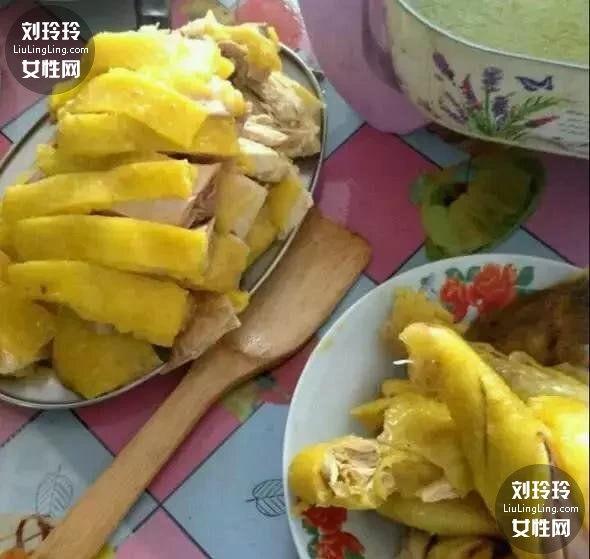 广州白切鸡的正宗做法 记得一定要过冰水哦3