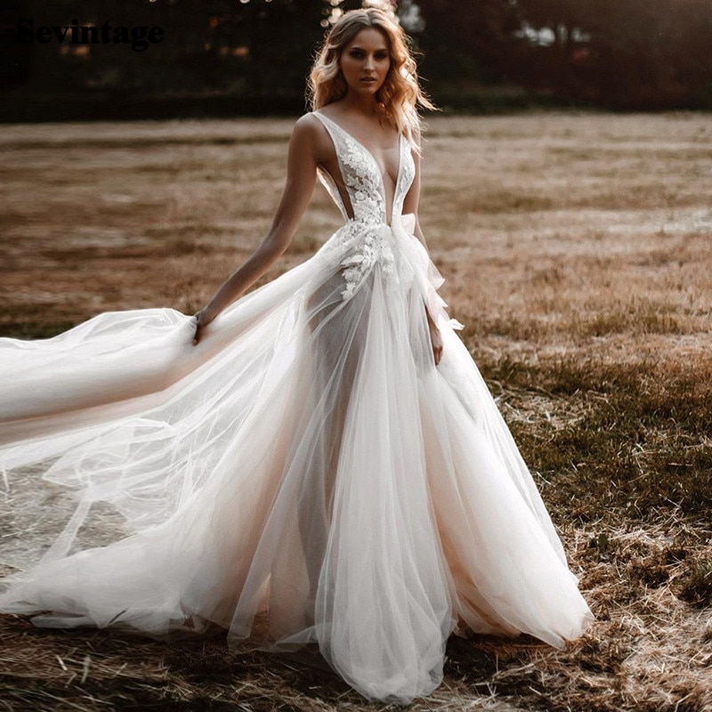 Sexy V-Neck Illusion Wedding Dress Boho Lace Backless Bridal Dresses Country Beach Party Gowns Plus Size Princess Bride