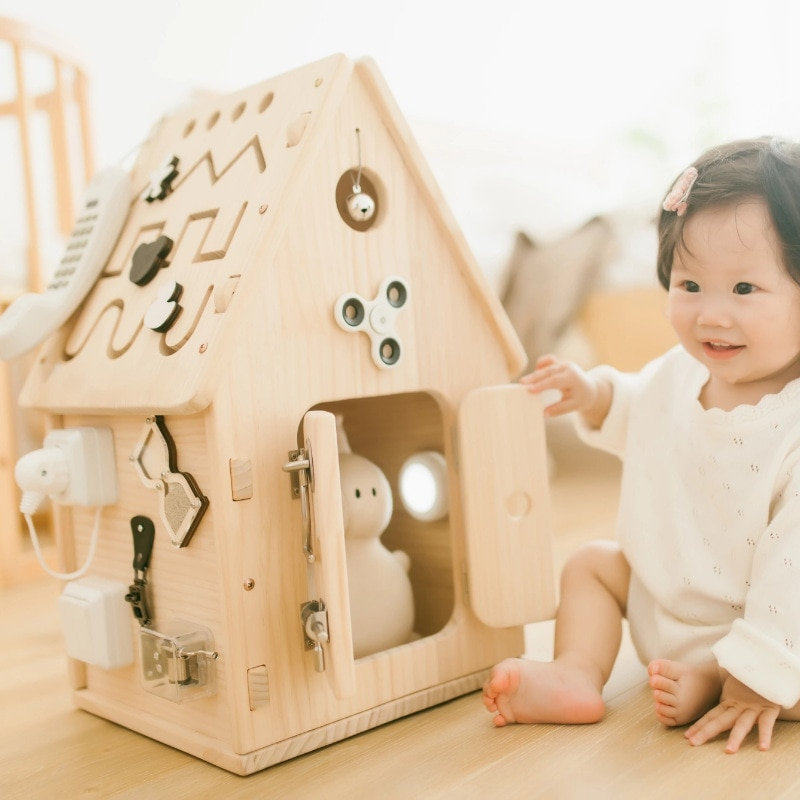 busy-house-finished-product-childrens-busy-house-box-early-education-toy-1-2-year-old-montessori-teaching-aid-baby-busy-board