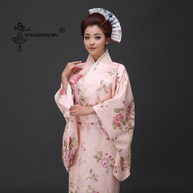 زي نسائي ياباني تقليدي مطبوع عليه أزهار طويل زي تنكري للمسرح ملابس آسيوية مثيرة للنساء من Geisha Yukata