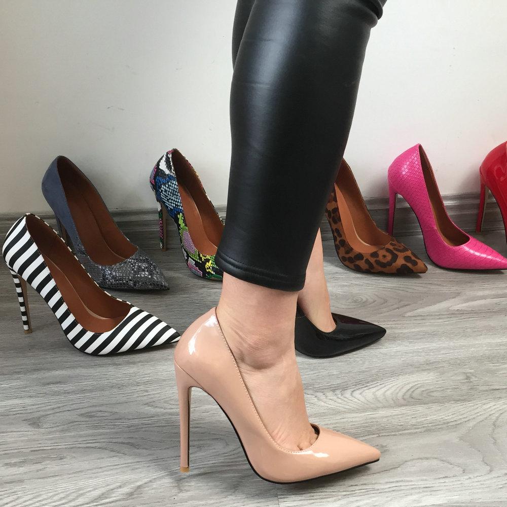 حذاء نسائي بمقدمة مدببة ، حذاء كلاسيكي بكعب عالٍ ومثير ، لون اللحم ، أحمر ، وردي ، أسود ، جلد النمر ، أبيض ، 12 سنتيمتر ، 2021
