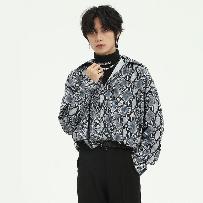 Men Snakeskin Pattern Casual Loose Long Sleeve Shirt Male Women Vintage Fashion Japan Korea Style Streetwear Shirt Couple Shirt