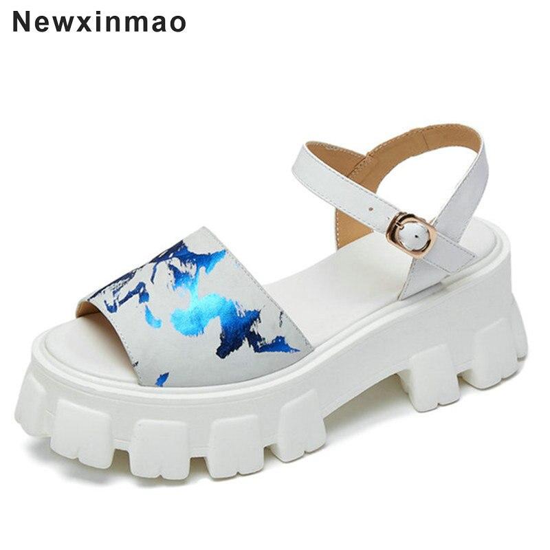 Sandálias de Couro Sandálias de Festa Nova Moda Feminina Verão Genuíno Quadrado Salto Alto Sapatos Femininos Senhoras Cross-amarrado Casual 2021