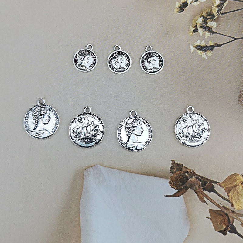 10pcs Earrings Findings Round Coins Queens Heads Charms Fit Jewelry Making Retro Zinc Alloy Small Double Side Coin Pendants
