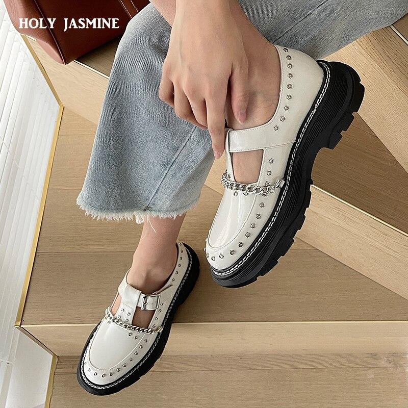 2021 الربيع أحذية منصة امرأة مسامير برشام معدنية جلد طبيعي حذاء بكعب سميك مضخات للنساء العمل النساء أحذية أحذية منصة