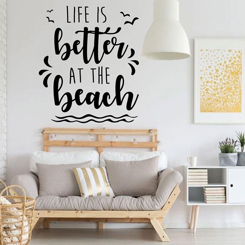 Vinilo Adhesivo de pared para el hogar playa La vida es mejor en la playa citas vinilo pegatinas dormitorio sala de juegos decoración del hogar surfista regalo papel tapiz Q674