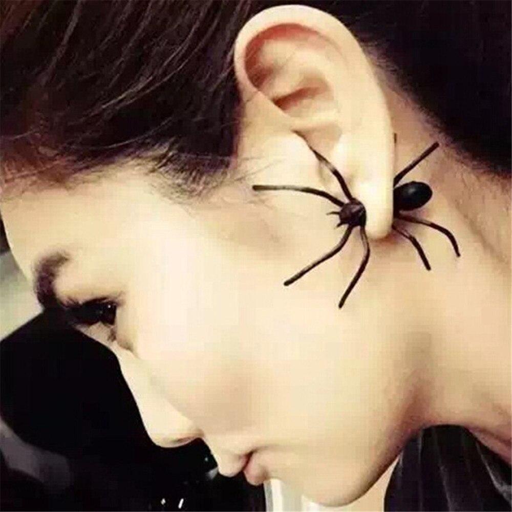 SexeMara 2019 nueva moda decoración de Halloween 1 pieza 3D espeluznante oreja de araña negra pendientes de tuerca para decoración de fiesta de Halloween DIY