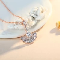 new fashion trendy personalized necklace female 18k gold zircon full diamond fan shaped clavicle chain necklace wholesale
