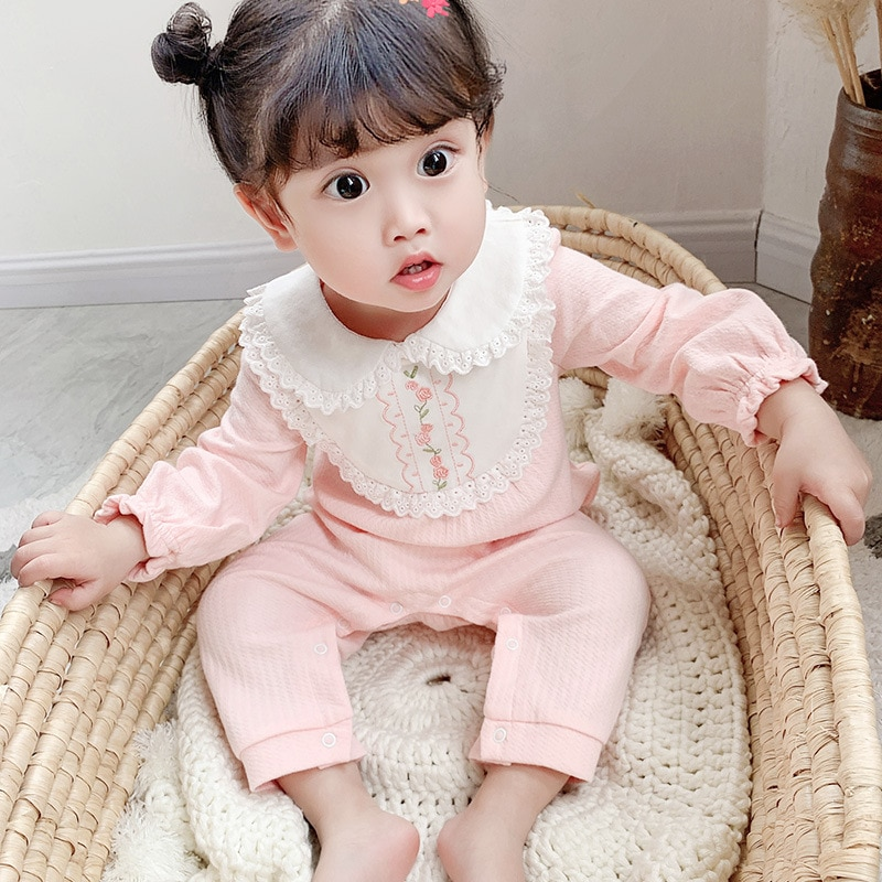 Yg brand children's clothing 2021 spring lace round neck long sleeve Jumpsuit new baby Jumpsuit open