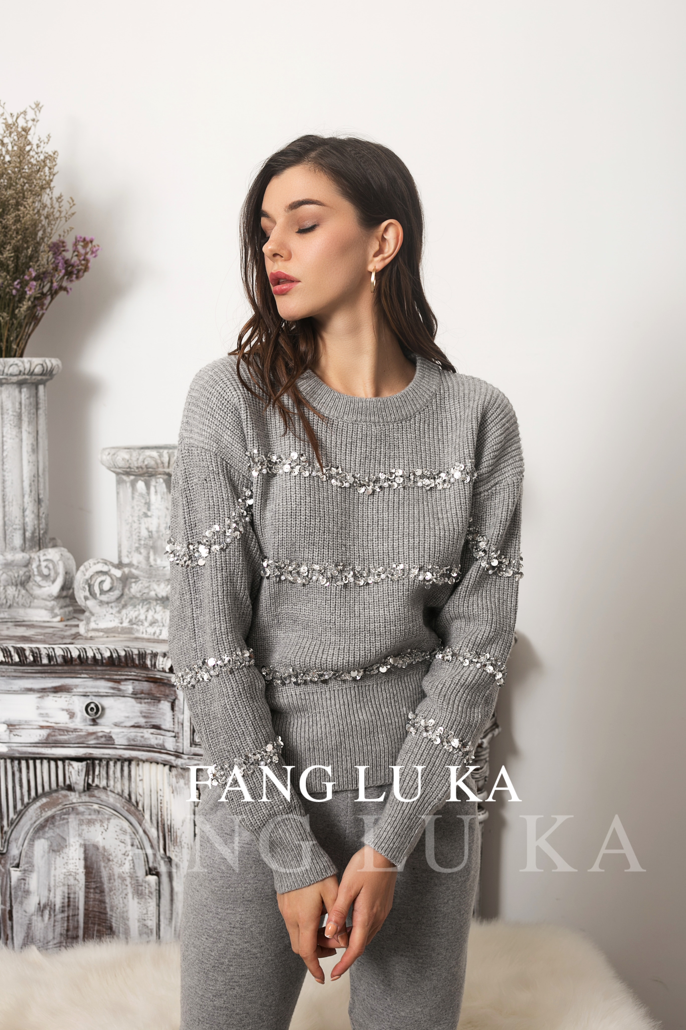 Cashmere knitting suit women's new fashion foreign style Sequin beaded sweater leggings two piece set enlarge