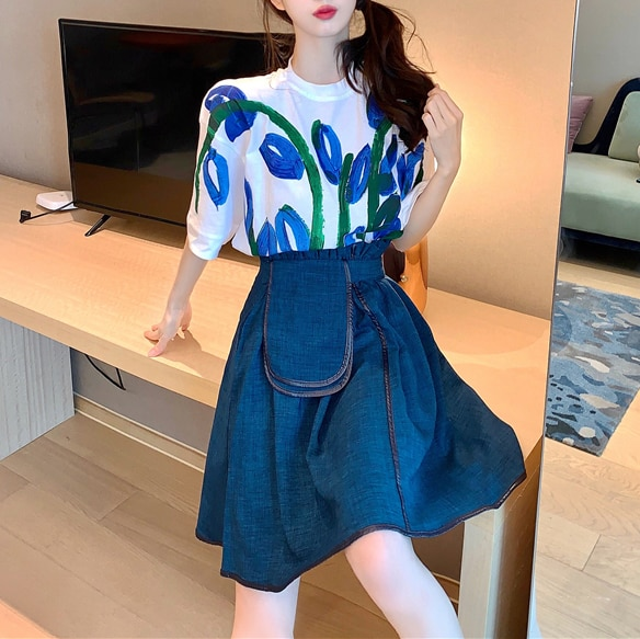 Large-size French retro blue short-sleeved T-shirt female Korean version of irregular A-shaped skirt with two pieces
