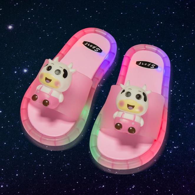 2021 Footwear Luminous Jelly Summer Children's LED Slipper Girls Slippers PVC Non-slip Beach Sandals Kids Home Bathroom Cattle