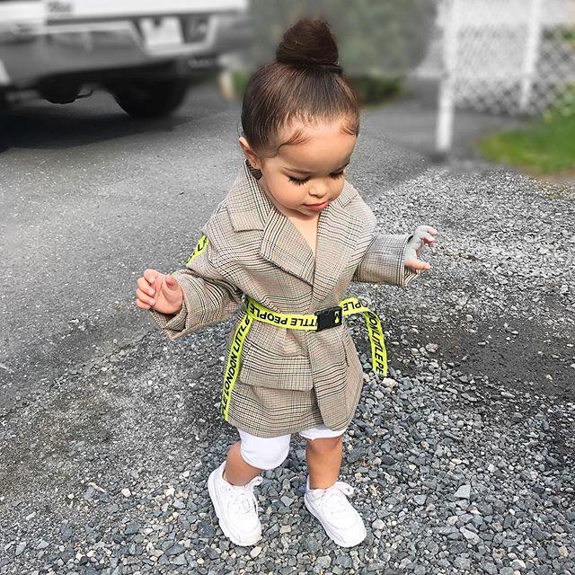 Moda 2019 Novo Da Criança Do Bebê Da Menina Crianças Roupas De Inverno Casaco Quente Jaqueta Sobretudo Formais Roupa Fluorescente Cinto de Lapela Jaqueta