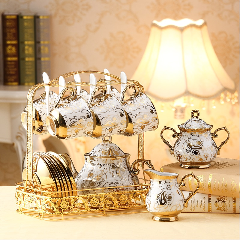 الأوروبي السيراميك القهوة الفناجين وأطباقها مجموعة الذهب العظام الصين فنجان الشاي إبريق الشاي الطرف المنزلية فندق بعد الظهر المنزل الشرب