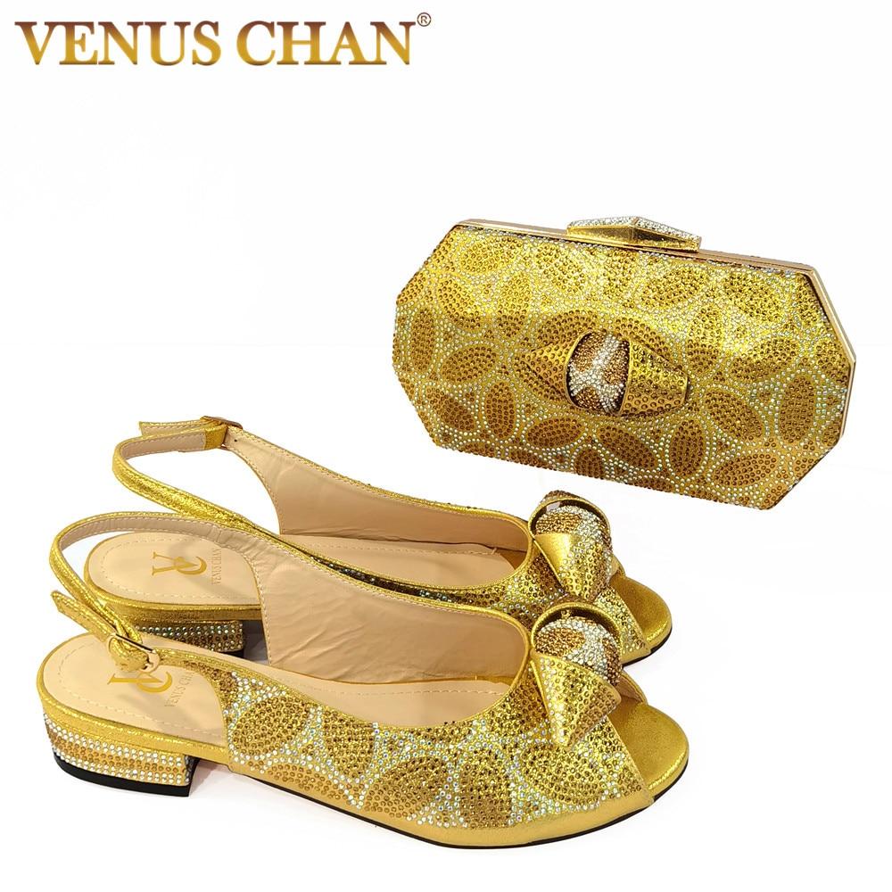 2021 التصميم الإيطالي النيجيري جديد وصول موضة خاصة كريستال نمط أنيق الذهب اللون حفل زفاف النساء الأحذية و مجموعة الحقائب