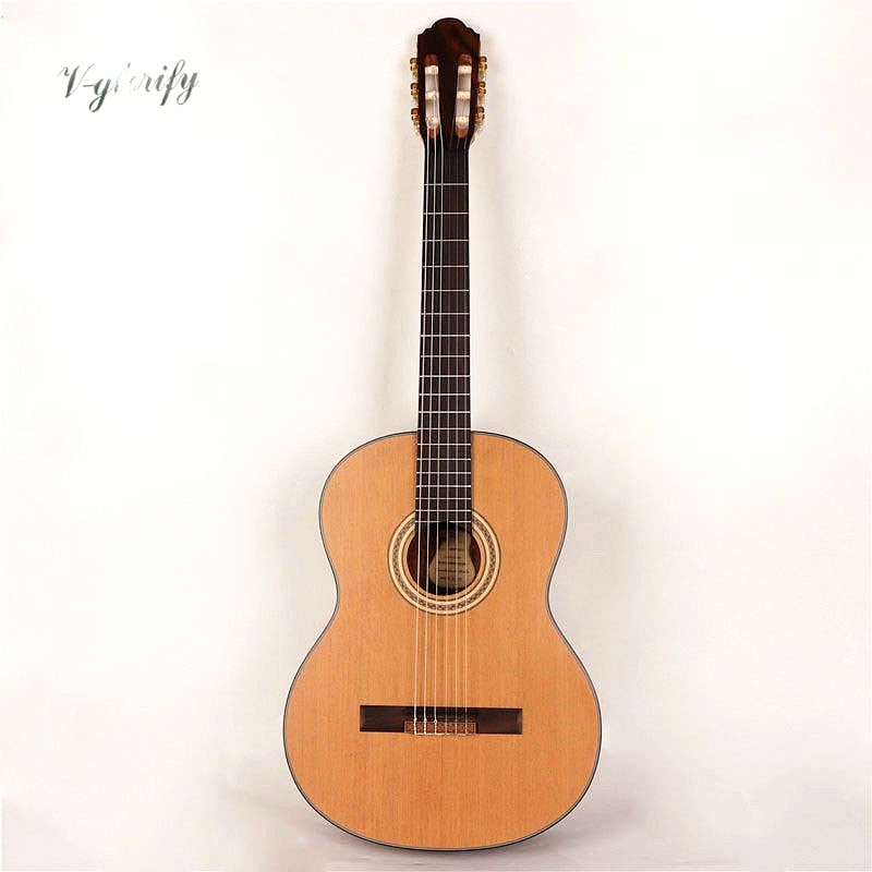 Guitarra clásico superior de cedro rojo 39 pulgadas diseño de tamaño completo acabado mate 6 cuerdas color natural guitarra clásica