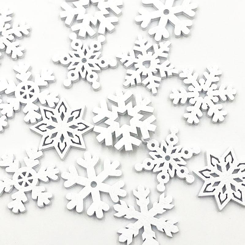 50 pçs 25mm branco chip de madeira botões pingente gravado floco de neve ornamento natal artesanato diy decoração acessórios wb669