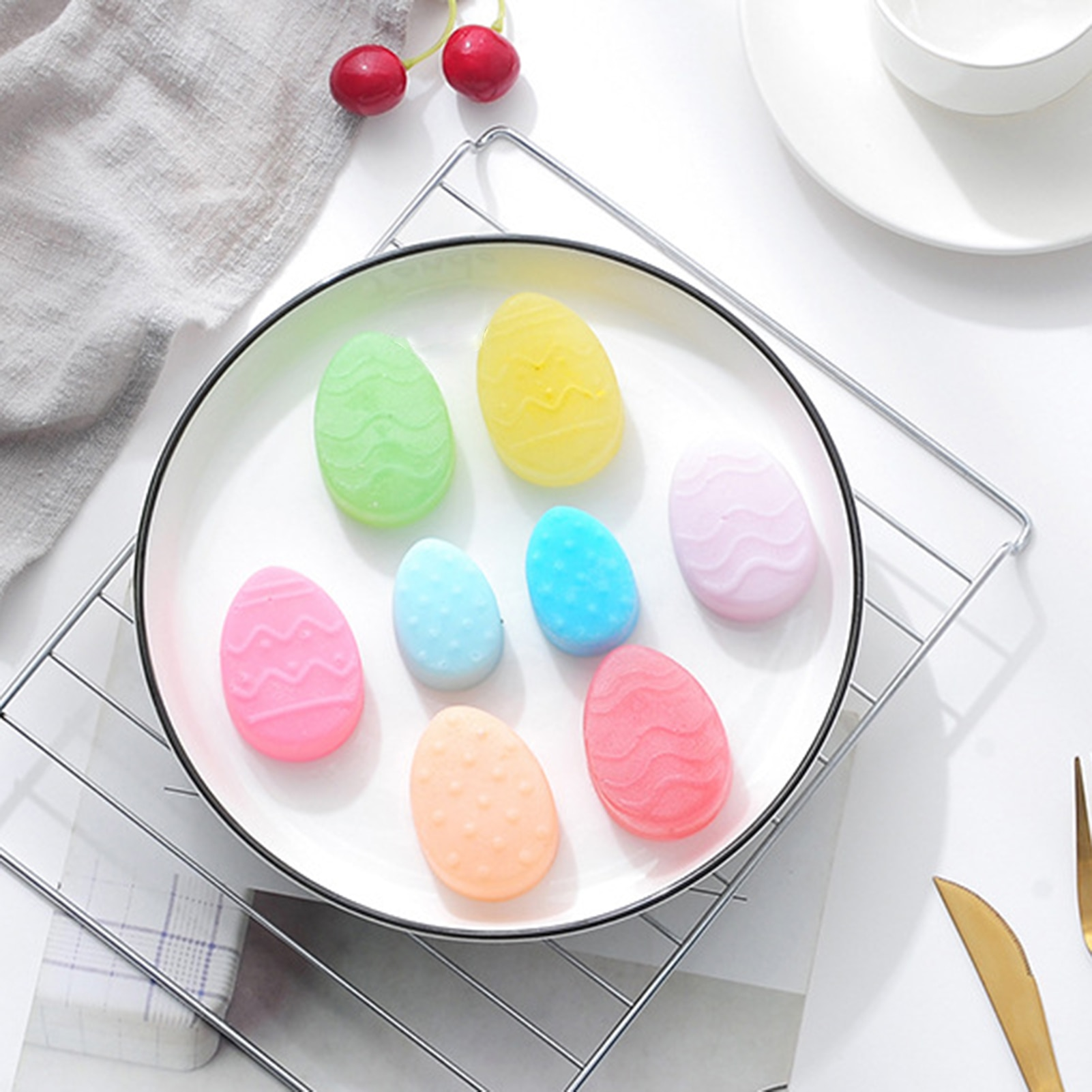 10 Cells Easter Egg Cake Mold with 2 Different Size Holes Silicone Multifunctional Baking Pan for Soap Candle Cookies F2