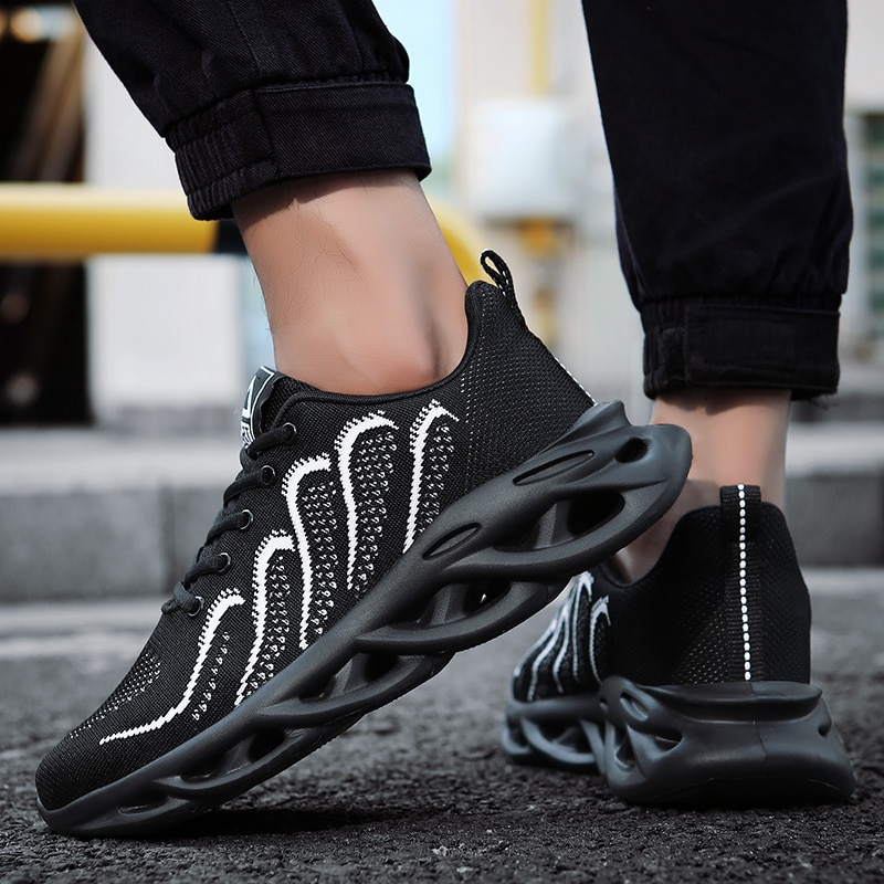 2021 Men Sneakers Breathable Running Shoes Outdoor Sport Fashion Comfortable Casual Couples Gym Mens