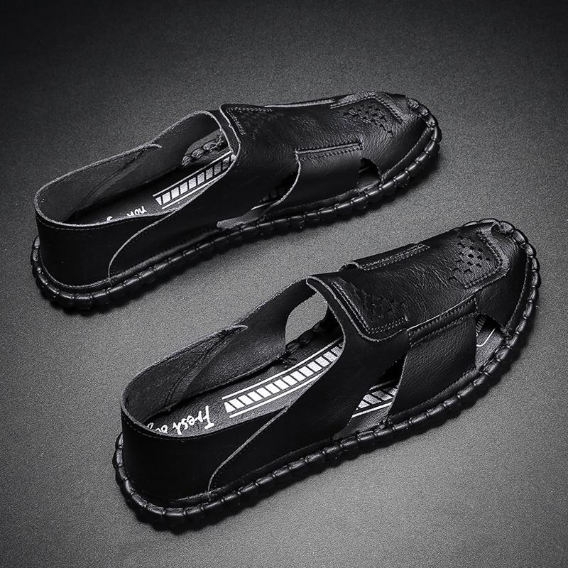 أحذية رياضية عصرية للربيع قابلة للانزلاق أحذية مريحة للقدمين من الجلد أحذية رياضية جديدة للرجال غير رسمية للركض