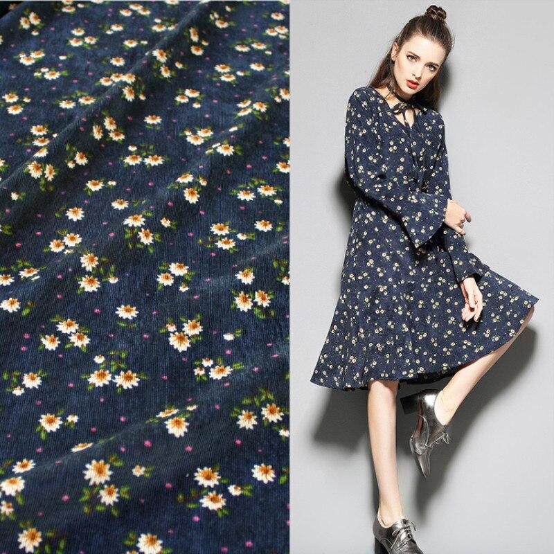 Половина метра Свежий маленький цветочный принт хлопок Вельветовая ткань для платья рубашка пальто женская одежда материал T935