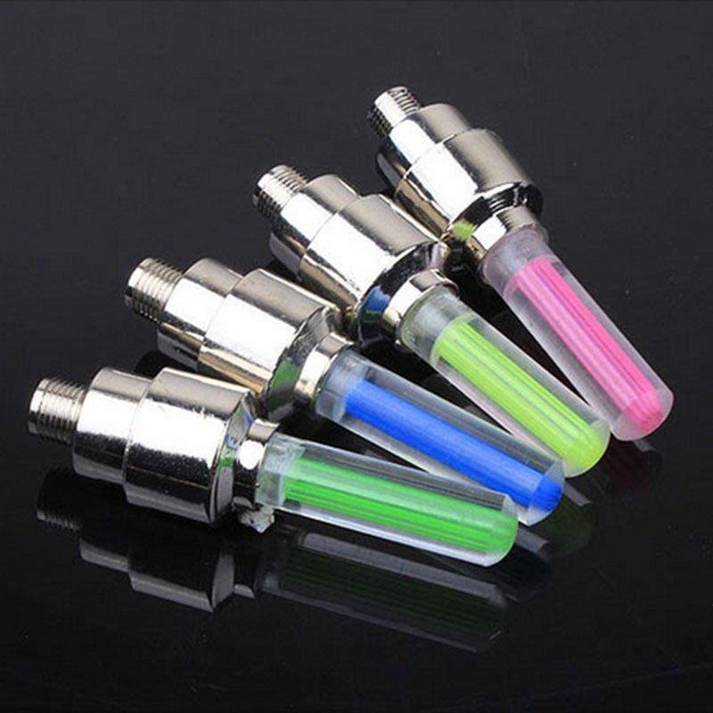 2 Pcs Auto Lichter Neon Lichter Air Abdeckung Reifen Felge Ventil Rad Stiel LED Lampe Flash Farbe Reifen Rad Ventil kappe Licht Auto Reifen Ventil