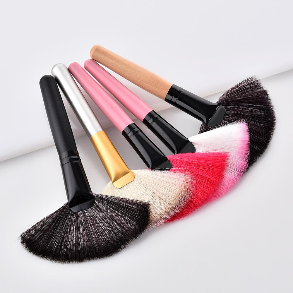 Fan Shape Face Powder Blush Foundation Brush Highlighter Brush For Face Make Up Women Beauty Cosmeti