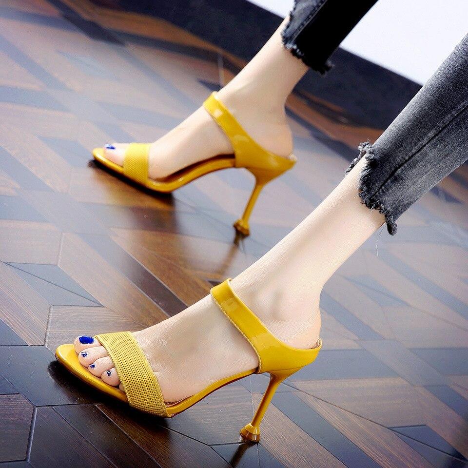2020 Primavera y novedad de verano estilo de hadas de moda salvaje tacón sandalias, zapatillas de mujer zapatos BC-11