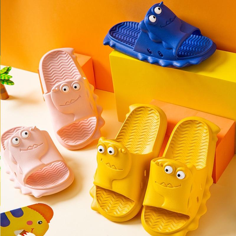 Children's Slippers Summer Boys and Girls Cute Cartoon Dinosaurs Soft-bottom Bath Children Kids Baby Sandals and Slippers KF07
