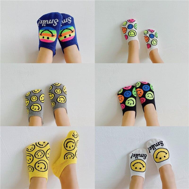 Летние Стильные модные детские носки для девочек, корейские невидимые носки, нескользящие носки со смайликом для мальчиков, носки-лодочки, ...