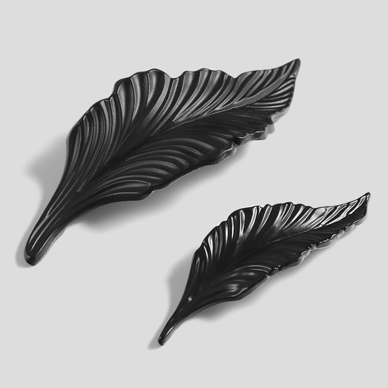 Leaf shape /Zinc alloy Door knob European Antique Furniture Handles Drawer Pulls Kitchen Cabinet black Knobs and Handles