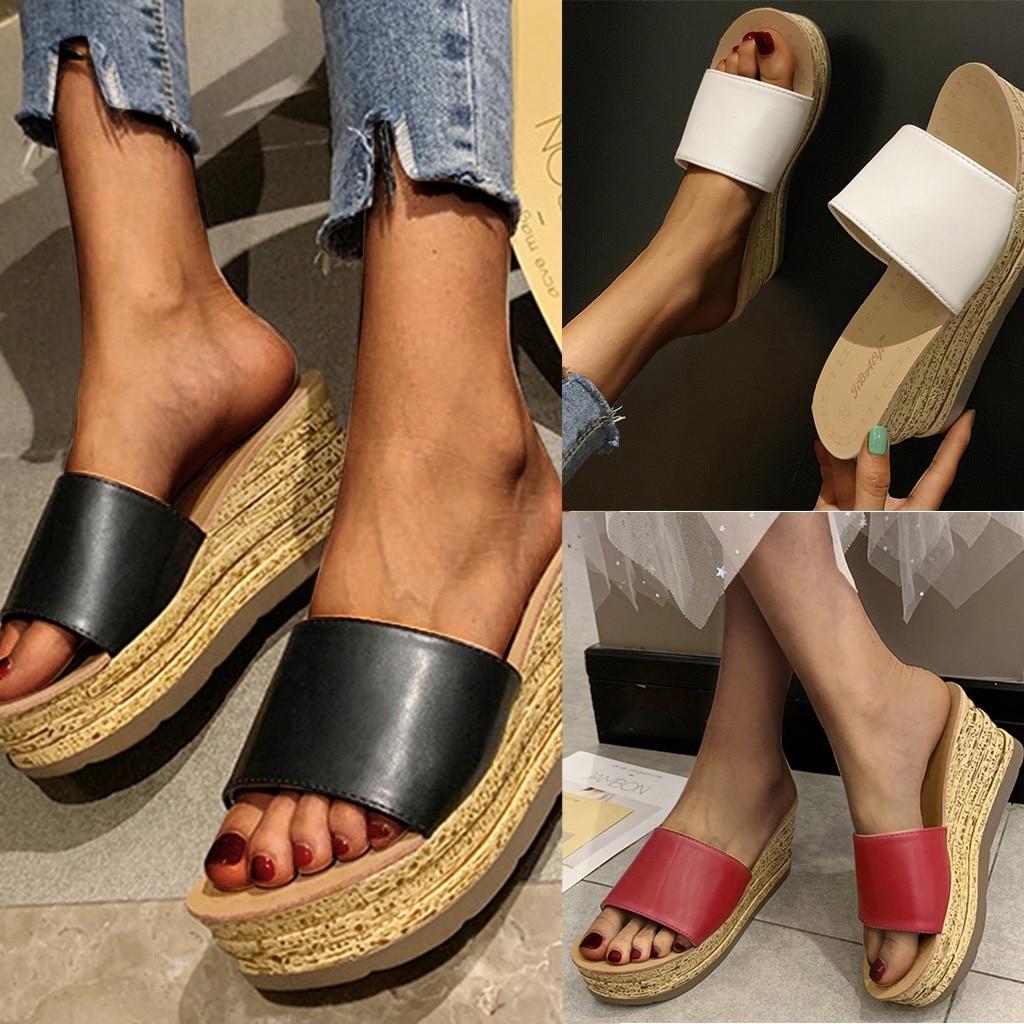 ¡Novedad de 2020! Zapatillas de verano a la moda para mujer, sandalias de piel sintética de Color liso con cuña para mujer, zapatos de playa informales, sandalias