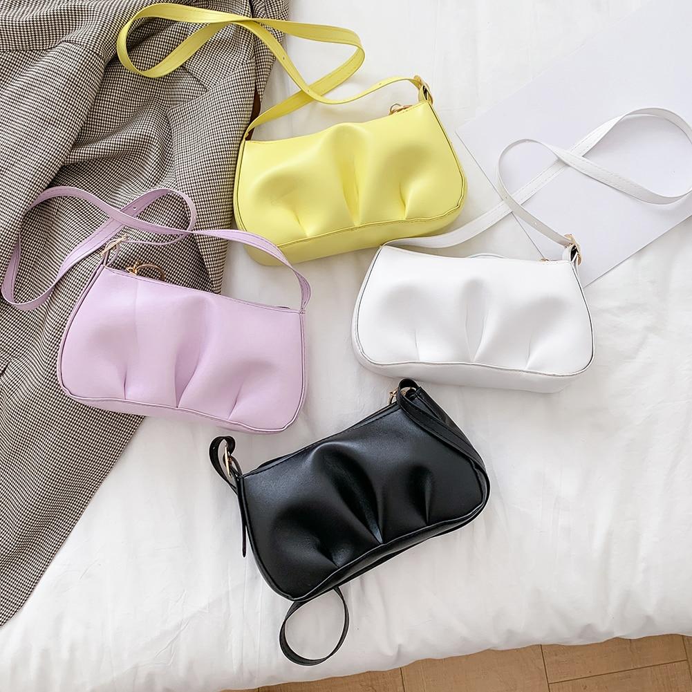 2020 offre spéciale acrylique chaîne plissée femmes sacs à bandoulière doux en cuir PU sacs solide dames petit sac à main de messager et sacs à main