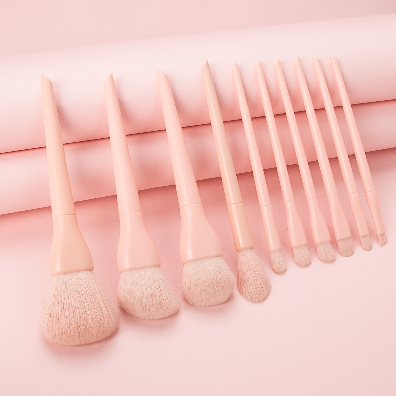 10pcs Makeup Brush Set 2021 New Loose Powder Foundation Eyebrow Eyeshadow Blush Brushes Make Up Tools Kit with Bag Maquillaje