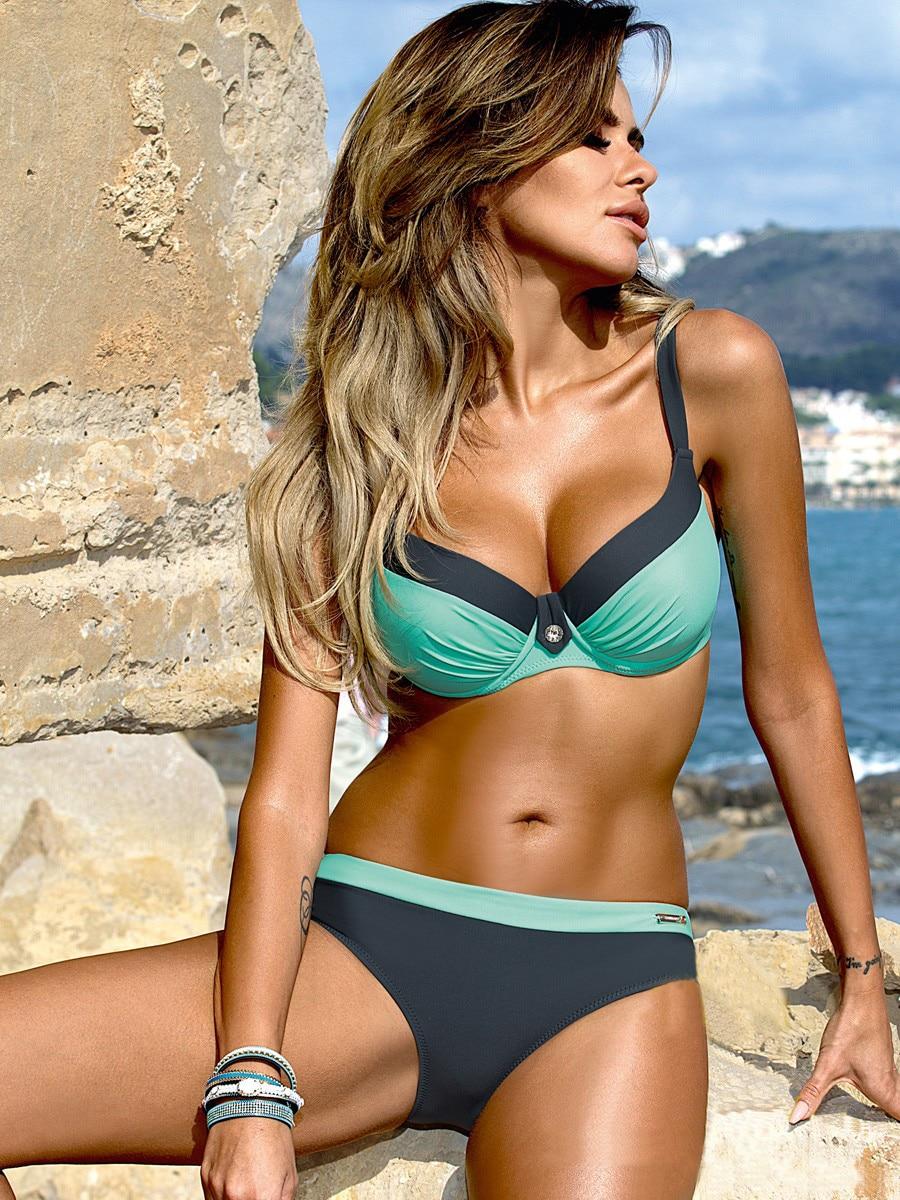 Ladies Summer Fashion Push-Up Bikini Low Waist Triangle Sexy Halter Split Vest Two-Piece Beach Crystal Stitching Swimsuit