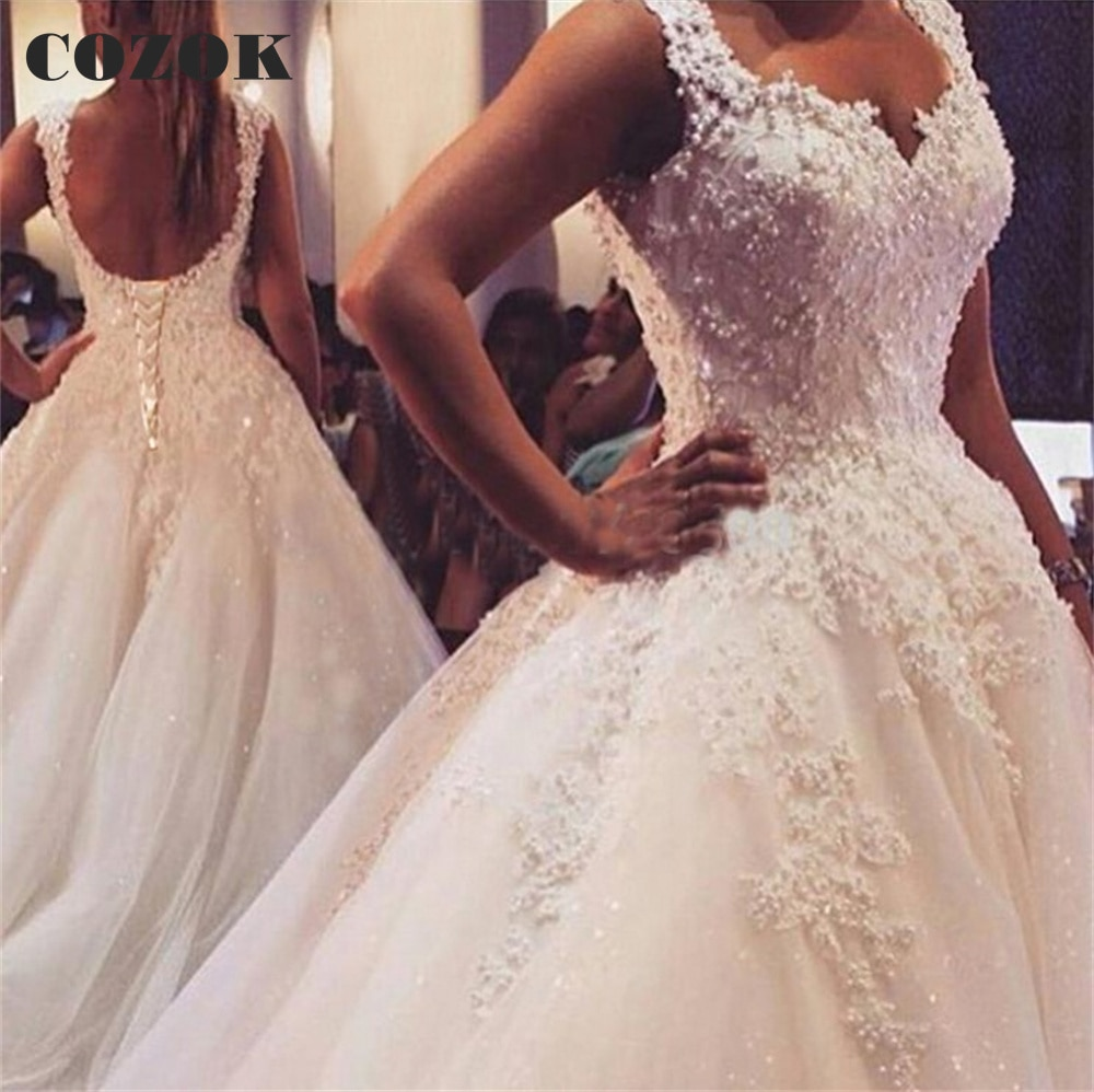 Get Vintage Wedding Dresses Ball Gown Sweetheart Puffy Lace Pearls Beaded Long Formal Women Bridal Wedding Gowns CZ17