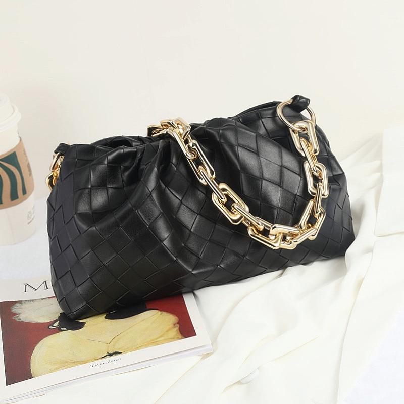 2020 new fashion pleated chain handbag Korean version versatile simple one shoulder bag cloud bag dumpling bag