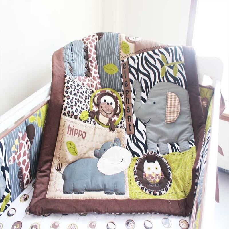 4pcs/Set 100% Cotton Baby Bedding Bumper Crib Skirt Crib Mattress Animal Pattern Crib Bedding Set Bumper Baby Cot Set