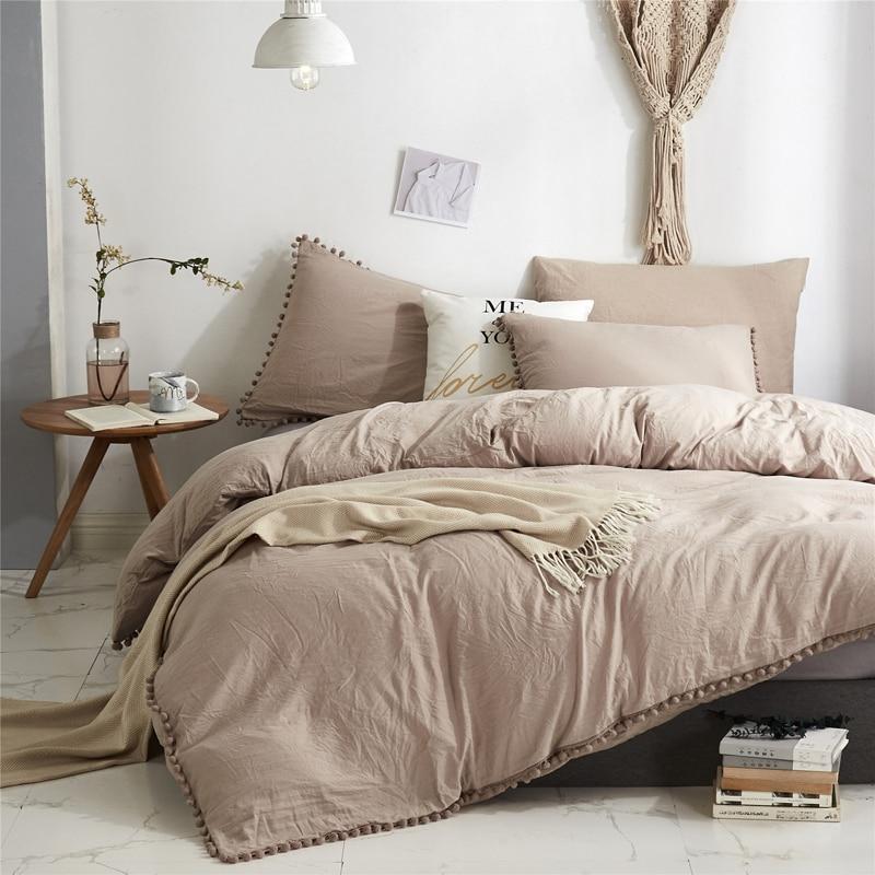الشمال البساطة طقم سرير مع Pompom حاف الغطاء الملكة حجم مجاميع راحة الفراش طقم سرير s الملك أغطية سرير عالية الجودة