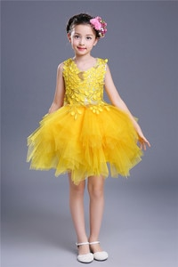 Fashion Girl Summer Kids Sequined Sleeveless Red Yellow Floral Applique Short Balloon Gown Girls Dress Up Costume for Children