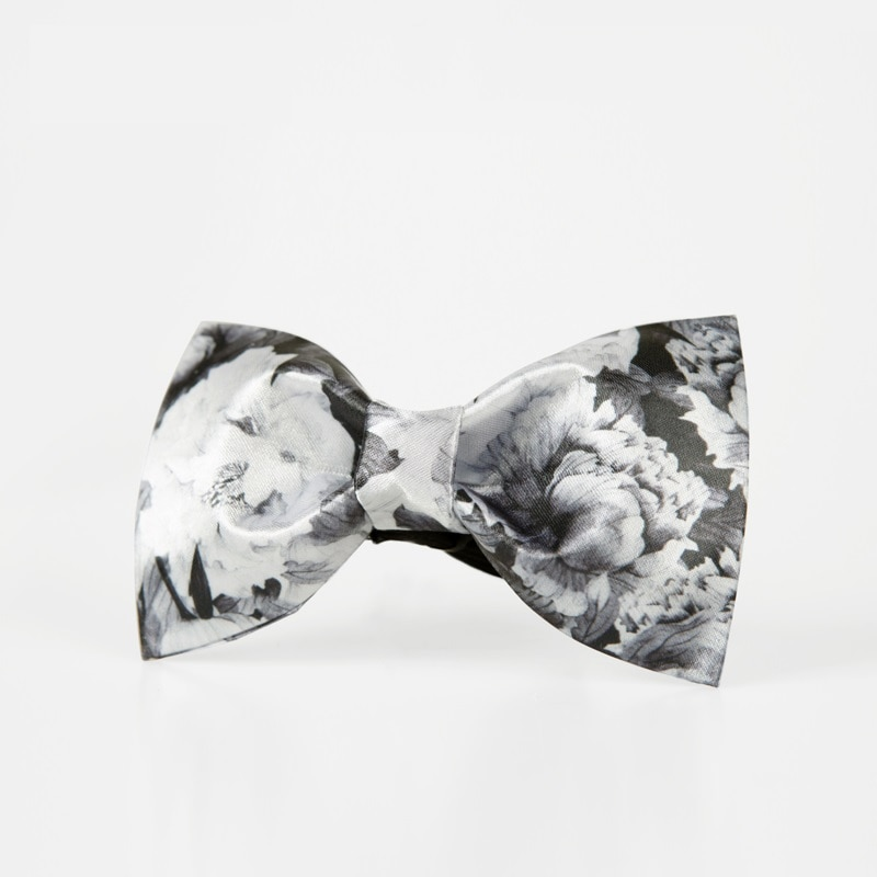 High Quality 2020 New Arrivals White Black Flower Bow Ties for Men Designers Brand Butterfly Bowties Floral Print Wedding Bowtie