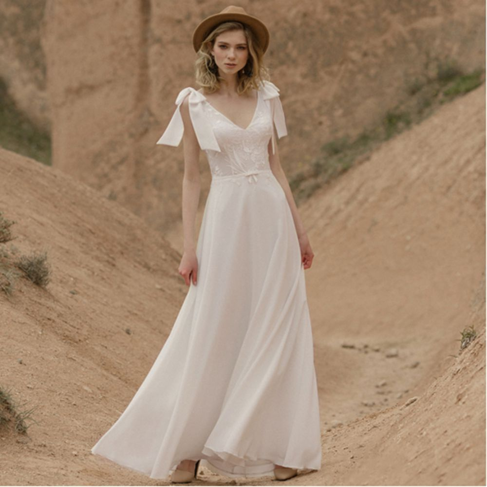 Promo Simple Sweet Bow Wedding Dresses V Neck Sleeveless Lace Chiffon Backless A Line Sweep Train Beach Bridal Gowns Robe De Mariée