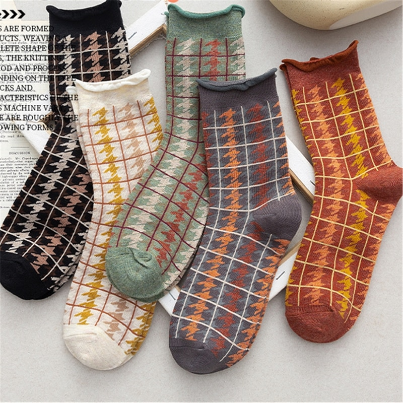 Estilo retro inglaterra xadrez meias femininas curling meias justo donzela literária e artística fresco mid-barrel meias femininas