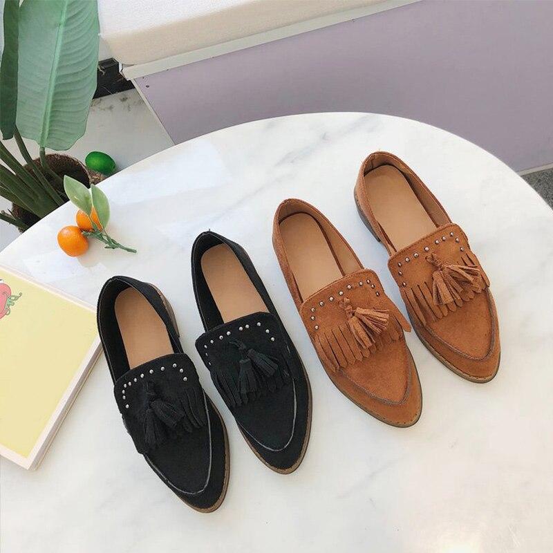 Mujer otoño Retro bomba señoras Slip On Shallow Tassel Plus Size mujeres remache tacones gruesos mujer gamuza Casual Mujer zapatos nuevos zapatos
