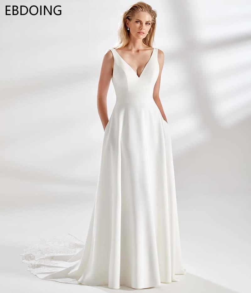 فستان زفاف من Vestidos De Novia بتصميم نبيل على شكل حرف V ورقبة على شكل V أحدث مقاس كبير وظهر عميق على شكل V فستان زفاف طويل ينمو للعروس