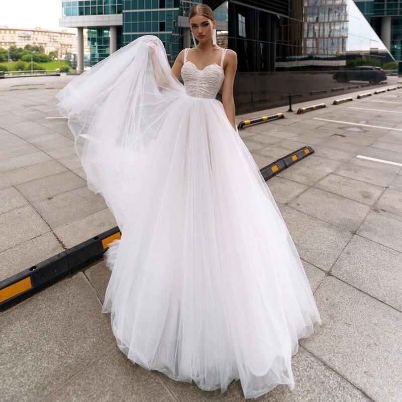 Modern Simple Cheap Wedding Dresses 2021 Pleated Lace Bride Dress Spaghetti Straps Pearls Beach Wedding Gowns Vestido de Noivas