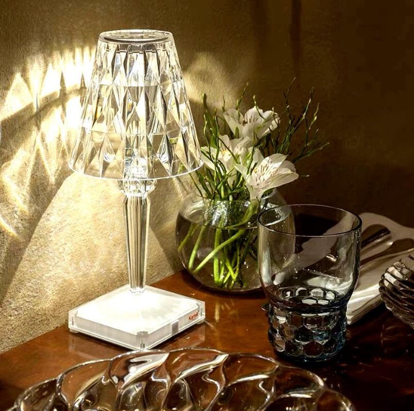 Diamond crystal table lamp European style night light creative gift atmosphere lamp rechargeable bedroom lamp house decoration