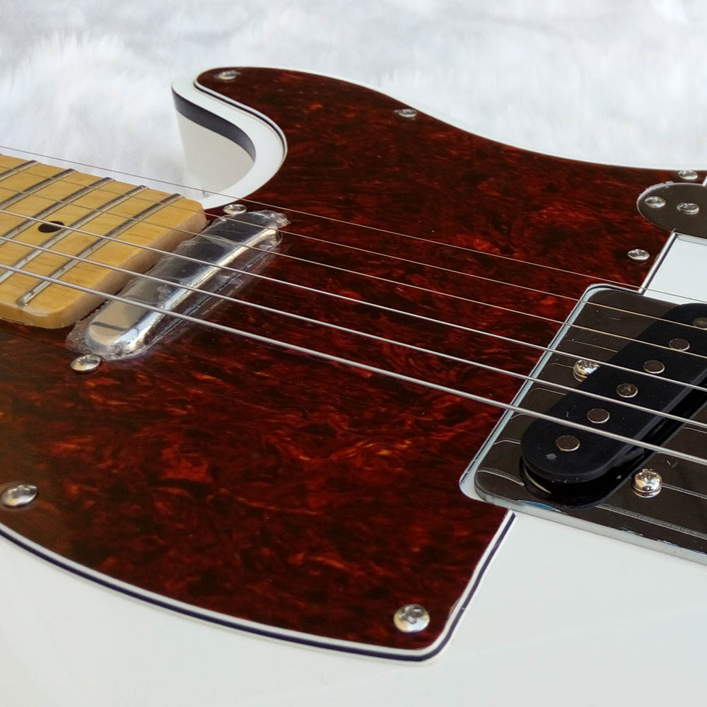 White electric guitar, Basswood body maple fingerboard chrome hardware Top in stock enlarge