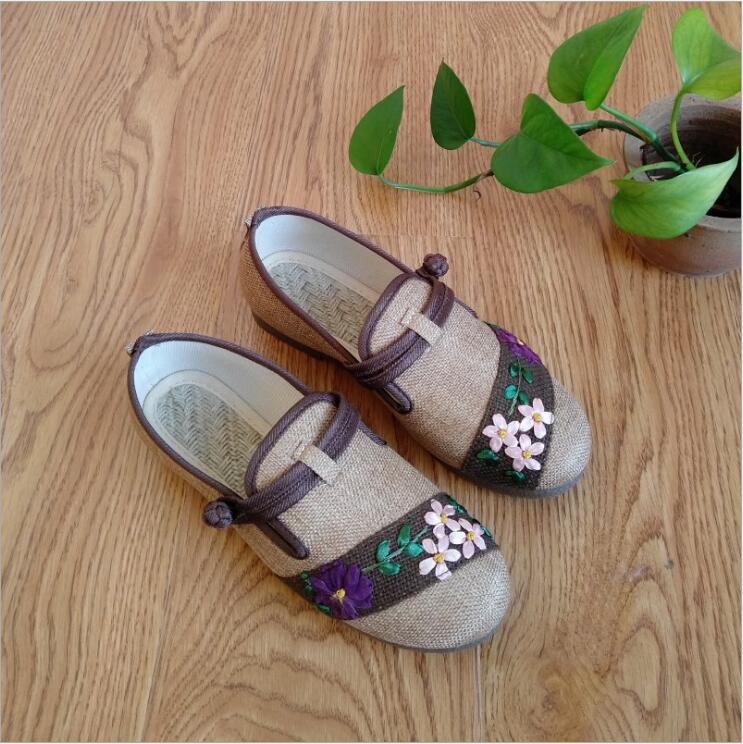 Yunnan Ethnic style embroidered women shoes leisure fashion elegant plate buckle embroidered shoes cow tendon bottom hemp shoes yunnan folk style floral embroidered medium size handbag ethnic hilltribe tote vintage shoulder bag peony coin butterfly