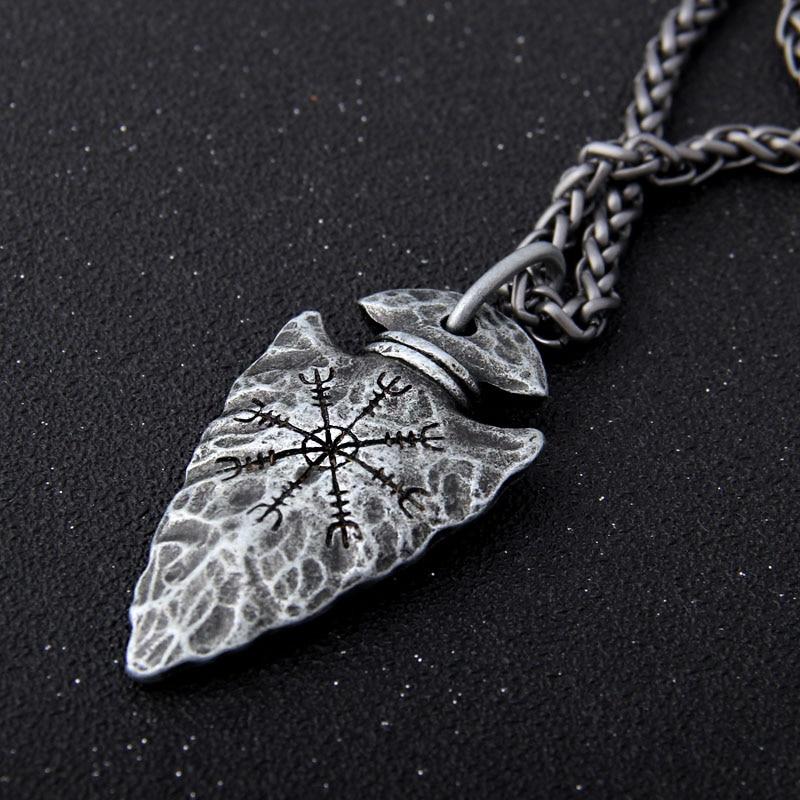 "Cadena de acero inoxidable Yage con runa vikinga ""Aegishjalmr"", colgante de lanza, collar como regalo para hombres"